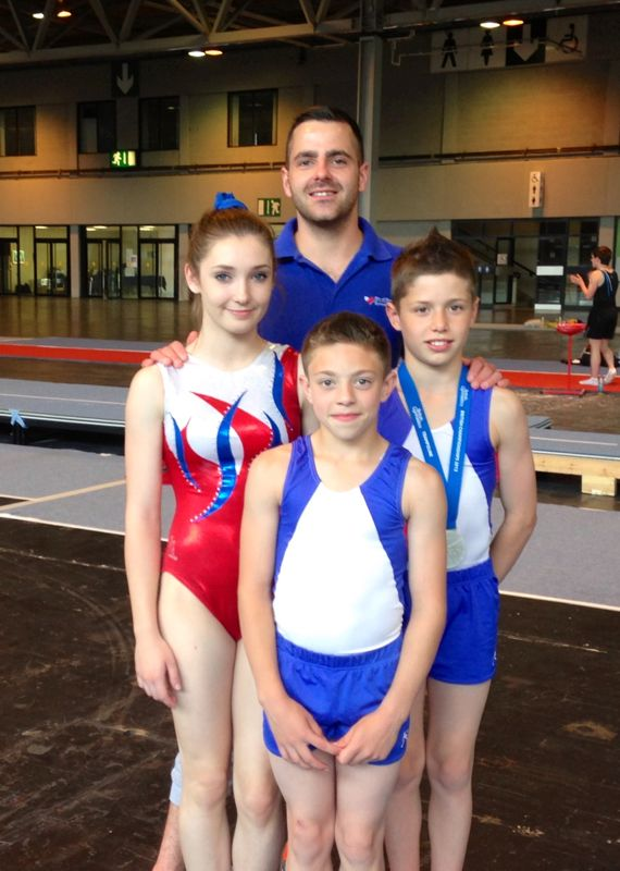 Coach Chris Porter with Louisa & Jaydon (rear) and Kallum (front)