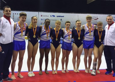 Junior Men & Women Gold medalists